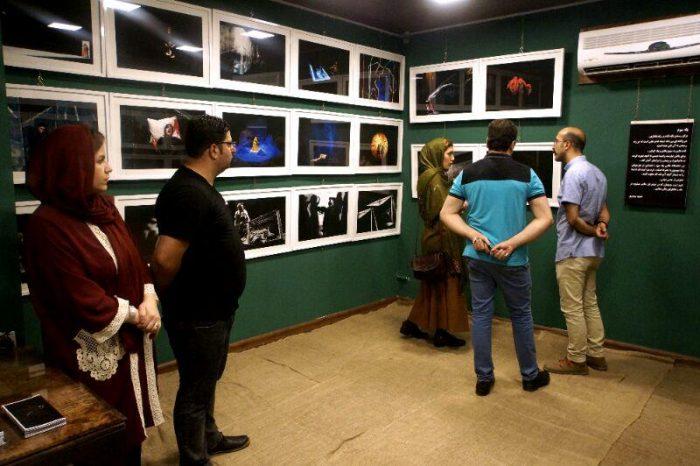 آیین گشایش نمایشگاه گروهی عکس پله سوم 13 - گزارش تصویری آیین گشایش نمایشگاه عکس تئاتر «پله سوم» در لاهیجان