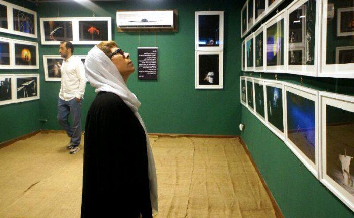 آیین گشایش نمایشگاه گروهی عکس پله سوم 14 - گزارش تصویری آیین گشایش نمایشگاه عکس تئاتر «پله سوم» در لاهیجان