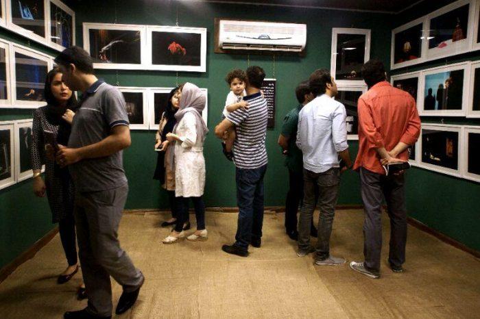 آیین گشایش نمایشگاه گروهی عکس پله سوم 16 - گزارش تصویری آیین گشایش نمایشگاه عکس تئاتر «پله سوم» در لاهیجان