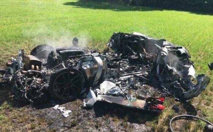 خودرو لوکس فراری یک ساعت بعد از خرید له شد! + تصاویر