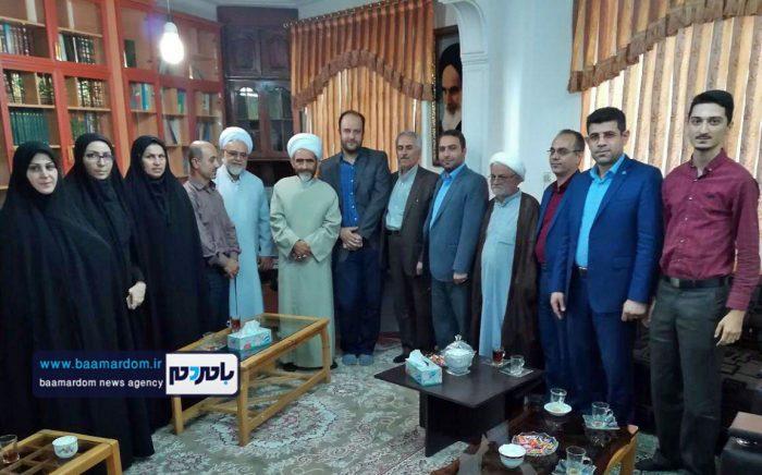 دیدار جمعی از روسای ادارات لاهیجان با امام جمعه این شهرستان + عکس