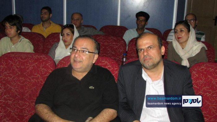 صد و یازدهمين جلسه کانون عکس لاهیجان 2 - صد و یازدهمين جلسه کانون عکس لاهیجان برگزار شد + تصاویر