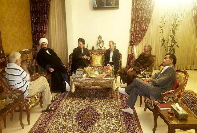 عیادت بیت امام به همراه شهردار تهران از عارف