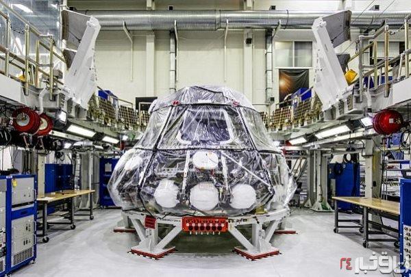 این کپسول فضایی انسان را به ماه می برد