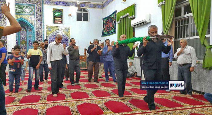آئین علمبندی اولین شب ماه محرم درروستای بالااسلامده لاهیجان برگزار شد + تصاویر