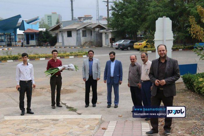 حضور تعاونگران بر سر مزار شهدای گمنام دانشگاه آزاد لاهیجان 5 - ما هر چه داریم از برکت خون شهداست