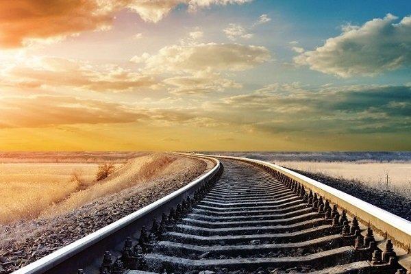 اتمام ریل گذاری خط آهن قزوین ـ رشت تا پایان آبان ماه | مشکل اصلی در اجرای عملیات ساخت و ساز، کمبود منابع مالی