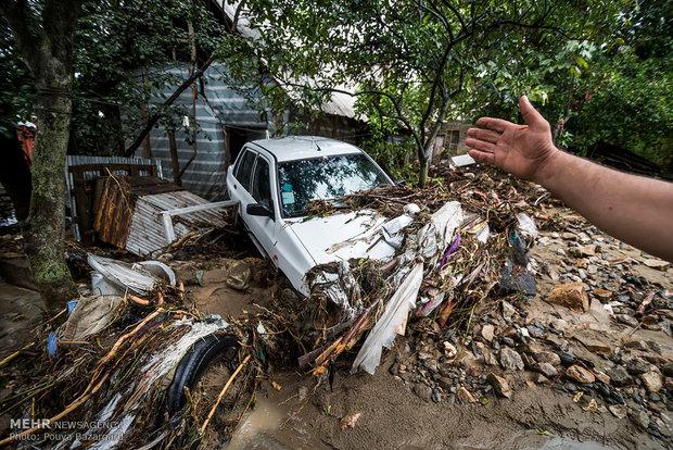 آرزوهایی که آب برد   مردم سیل زده گیلان چشم انتظار کمک مسئولان