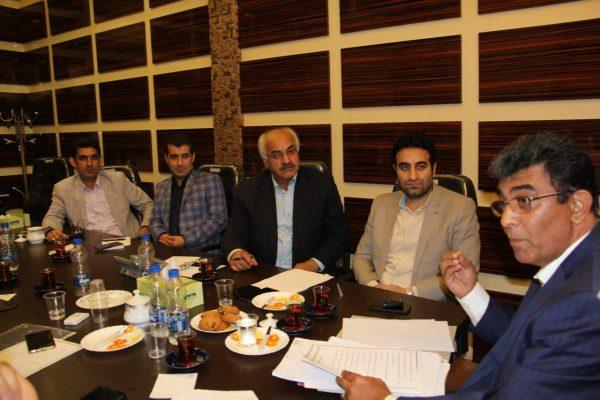 مصاحبه شورای شهر لاهیجان با رضا کحالی نامزد تصدی شهردار لاهیجان 2 600x400 - جزئیات سومین روز از مصاحبه انتخاب شهردار لاهیجان | بازگشت کحالی به لاهیجان؟! + تصاویر