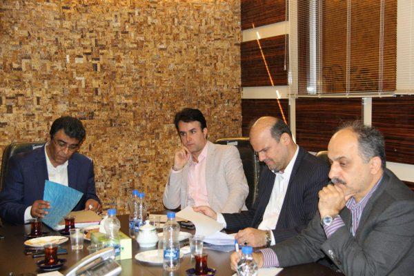 مصاحبه شورای شهر لاهیجان با رضا کحالی نامزد تصدی شهردار لاهیجان 5 600x400 - جزئیات سومین روز از مصاحبه انتخاب شهردار لاهیجان | بازگشت کحالی به لاهیجان؟! + تصاویر