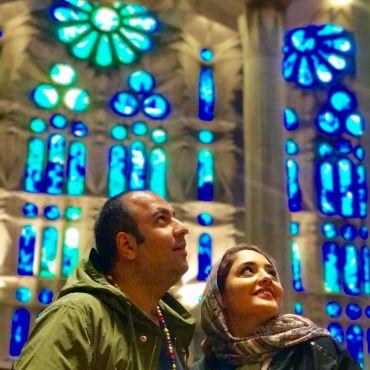 سلفی عجیب زوج مشهور ایرانی در فرانسه + عکس
