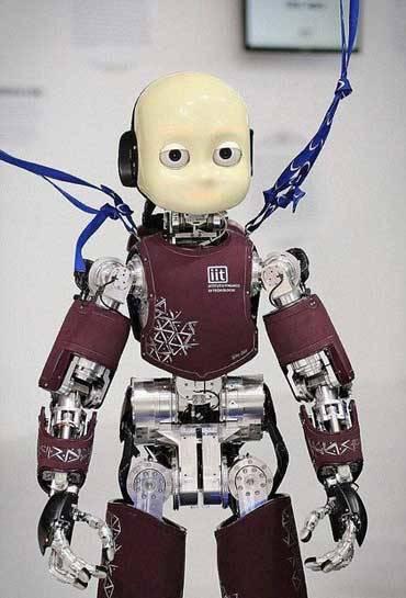 رباتی انسان نما که می تواند پرواز کند+عکس