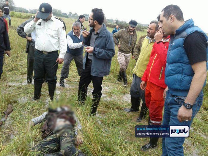 جسد شکارچی 35ساله در مزارع اطراف لاهیجان 1 - جسد شکارچی 35ساله در مزارع اطراف لاهیجان پیدا شد + گزارش تصویری