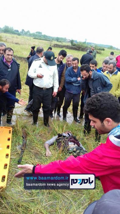 جسد شکارچی 35ساله در مزارع اطراف لاهیجان 10 - جسد شکارچی 35ساله در مزارع اطراف لاهیجان پیدا شد + گزارش تصویری