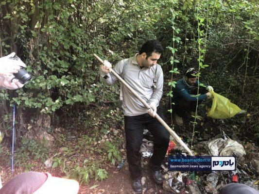 پاکسازی مسیرهای منتهی به بام سبز لاهیجان از زباله 15 533x400 - پاکسازی مسیرهای منتهی به بام سبز لاهیجان از زباله | گزارش تصویری