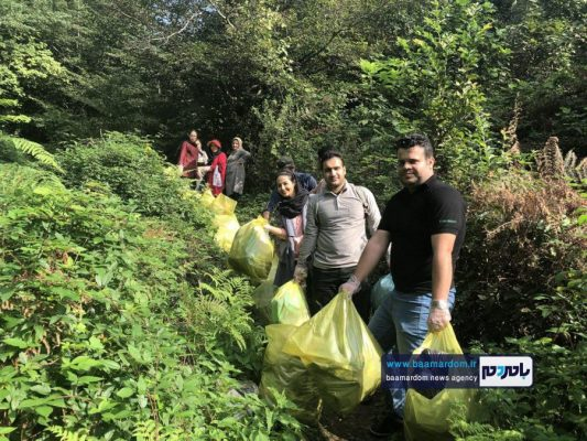پاکسازی مسیرهای منتهی به بام سبز لاهیجان از زباله 18 533x400 - پاکسازی مسیرهای منتهی به بام سبز لاهیجان از زباله | گزارش تصویری