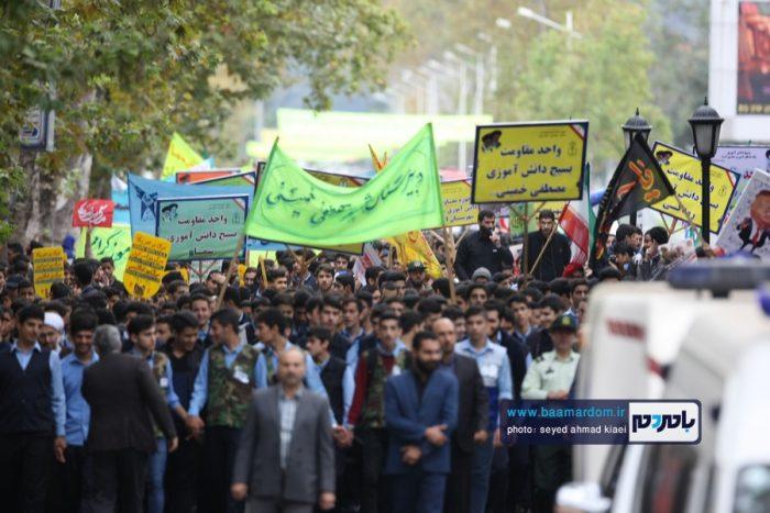راهپیمایی با شکوه ۱۳ آبان در لاهیجان برگزار شد   گزارش تصویری