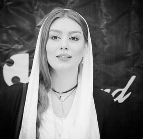 تیپ عجیب سحر قریشی در مدلینگ با حجاب روسری + عکس