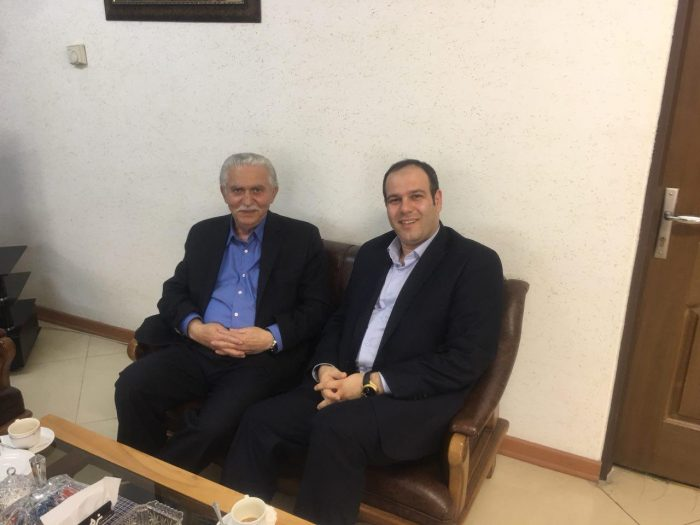 شهردار لاهیجان با پدر کنکور ایران دیدار کرد