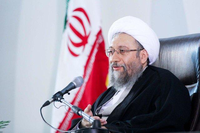 تحریم خود از سوی آمریکا را افتخار می دانم|ایران ساکت نخواهد ماند
