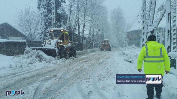 شدید برف در سیاهکل و عملیات برفروبی و پاکسازی معابر 13 600x337 - هشدار هواشناسی درباره سرمای بی سابقه و کولاک