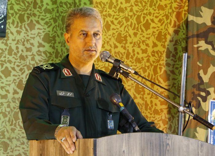 شهدا امنیت کشور را پایدار کردند | روحیه جهادی حلال مشکلات کشور است