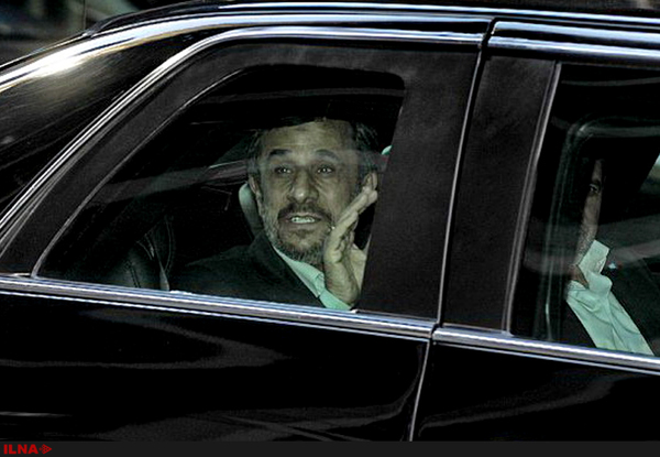 احمدینژاد بازداشت شده است؟
