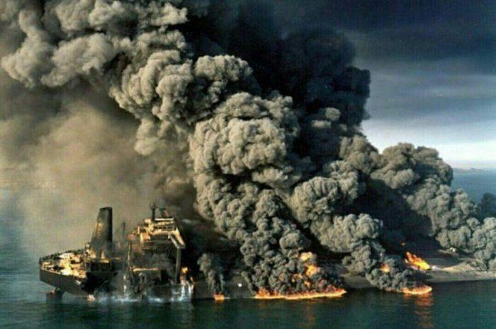 تنها فیلم موجود از اولین لحظات تصادف و انفجار نفتکش سانچی
