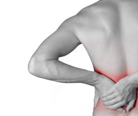کمر درد 474x400 - ۶ ورزش روزانه که از کمردرد نجاتتان خواهند داد!