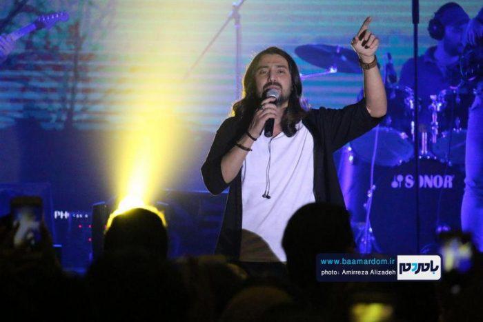 گزارش تصویری کنسرت امیرعباس گلاب در لاهیجان