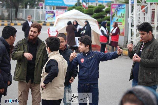 برگزاری برنامههای فرهنگی و هنری در 22 بهمن 1396 در لاهیجان 11 600x400 - برگزاری برنامههای فرهنگی و هنری در 22 بهمن 1396 در لاهیجان | گزارش تصویری