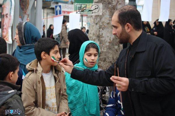 برگزاری برنامههای فرهنگی و هنری در 22 بهمن 1396 در لاهیجان 8 600x400 - برگزاری برنامههای فرهنگی و هنری در 22 بهمن 1396 در لاهیجان | گزارش تصویری