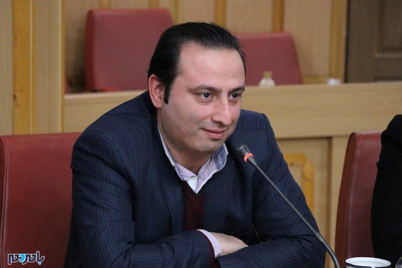 بزرگ بشر عضو شورای سیاستگذاری ستاد انتخاباتی دکتر همتی در گیلان و رئیس ستاد لاهیجان شد