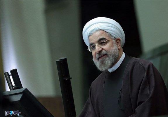 روحانی رییس جمهور 575x400 - اسامی ۵۸ نماینده ای که امضای خود را پس نگرفتند | حضور ۴ نماینده گیلان در لیست + سند