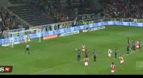 فیلم | اتفاقی عجیب در تاریخ داوری فوتبال؛ اعلام پنالتی در بین دو نیمه