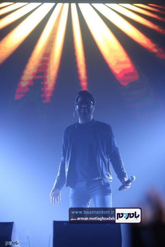 همایون در لاهیجان 3 - گزارش تصویری کنسرت موسیقی حامد همایون در لاهیجان