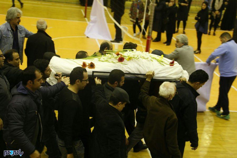 تصاویر   مراسم وداع با پیکر بانو مهوش نامدار پیشکسوت والیبال استان گیلان