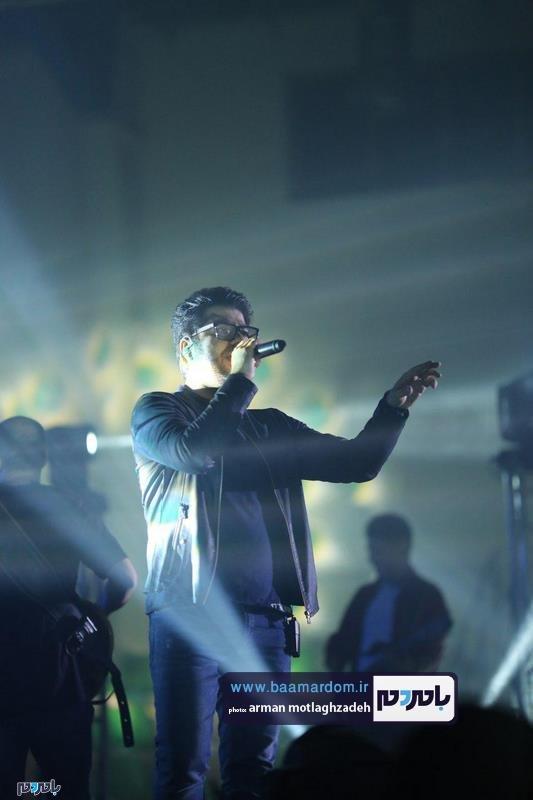 حامد همایون لاهیجان 3 - گزارش تصویری کنسرت موسیقی حامد همایون در لاهیجان