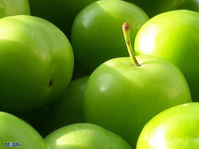 گوجه سبز چه ویتامین هایی دارد؟