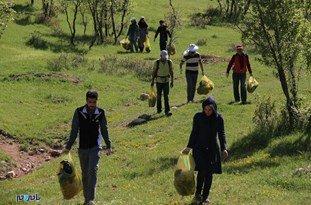 مشارکت خودجوش اهالی اردبیل و گیلان در پاکسازی گردنه حیران