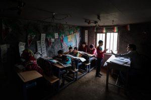 تحصیل با طعم محرومیت در مدرسه عشایری تالش + تصاویر