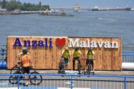 گزارش تصویری تور دوچرخهسواری پیمایش بناهای تاریخی در بندر انزلی