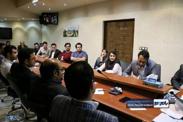 اتاق فکر شهرداری لاهیجان 12 600x400 - اتاق فکر شهرداری لاهیجان در خدمت همه جوانان و شهروندان است / گزارش تصویری