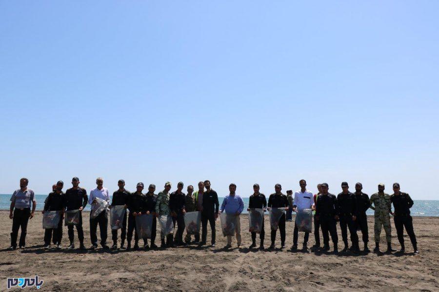 گزارش تصویری برنامه پاکسازی مشارکتی ساحل سحرخیزمحله لاهیجان
