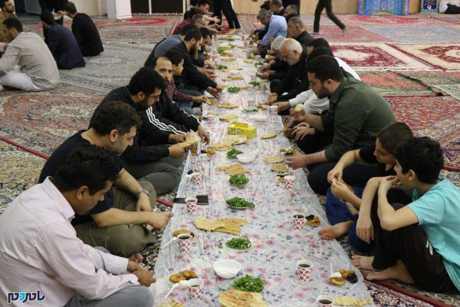 مراسم معنوی اعتکاف در ماه مبارک رمضان در انزلی 3 - مراسم معنوی اعتکاف در ماه مبارک رمضان در انزلی برگزار شد | گزارش تصویری