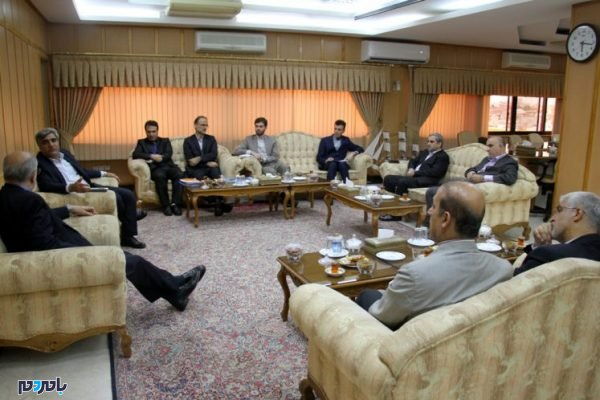 دیدار استاندار گیلان با معاون اقتصادی وزیر امورخارجه 4 600x400 - گیلان نقش موثری در توسعه مراودات اقتصادی با کشورهای همسایه دارد