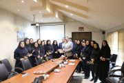 شهردار لاهیجان از بانوان شهرداری لاهیجان تجلیل کرد + تصاویر