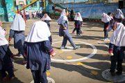 مدارس غیرانتفاعی آستارا استاندارد شود