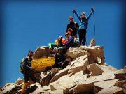 کوهنوردان باشگاه باران لاهیجان بر فراز دومین قله بلند ایران قرار گرفتند + تصاویر