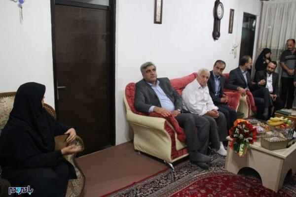 IMG 6342 747x498 600x400 - عیادت استاندار گیلان از کشاورز گیلانی، کاشف رقم هاشمی/ثبت قانونی برنج هاشمی و علی کاظمی به عنوان ۲ برند برتر در کشور